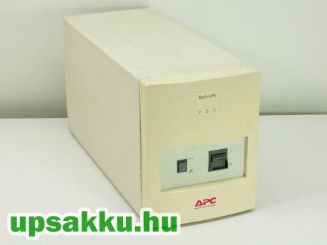 APC Back-UPS BK900I szünetmentes tápegység